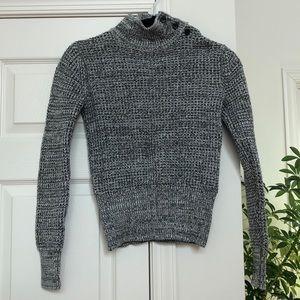 GAP Grey White Sweater